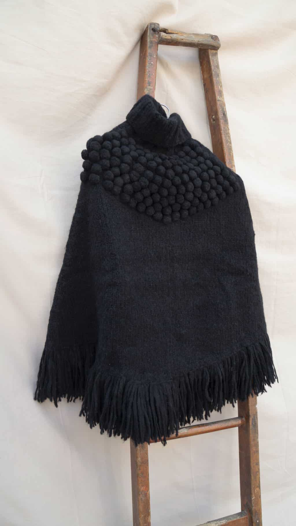 Poncho Andes Negro 5