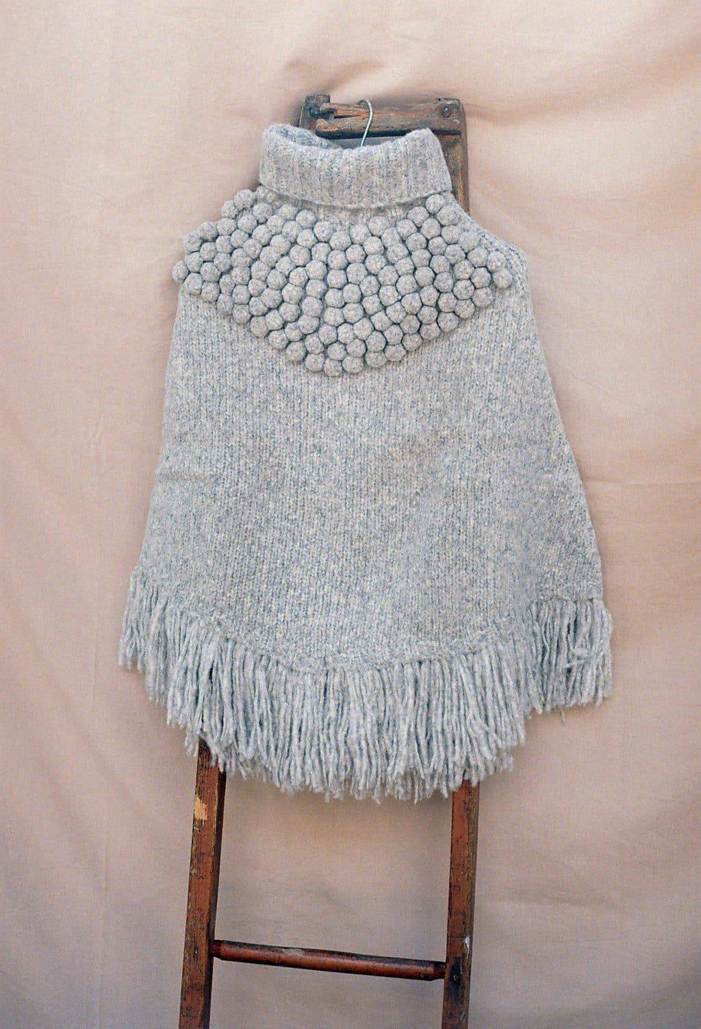 Poncho Andes Light Grey 4