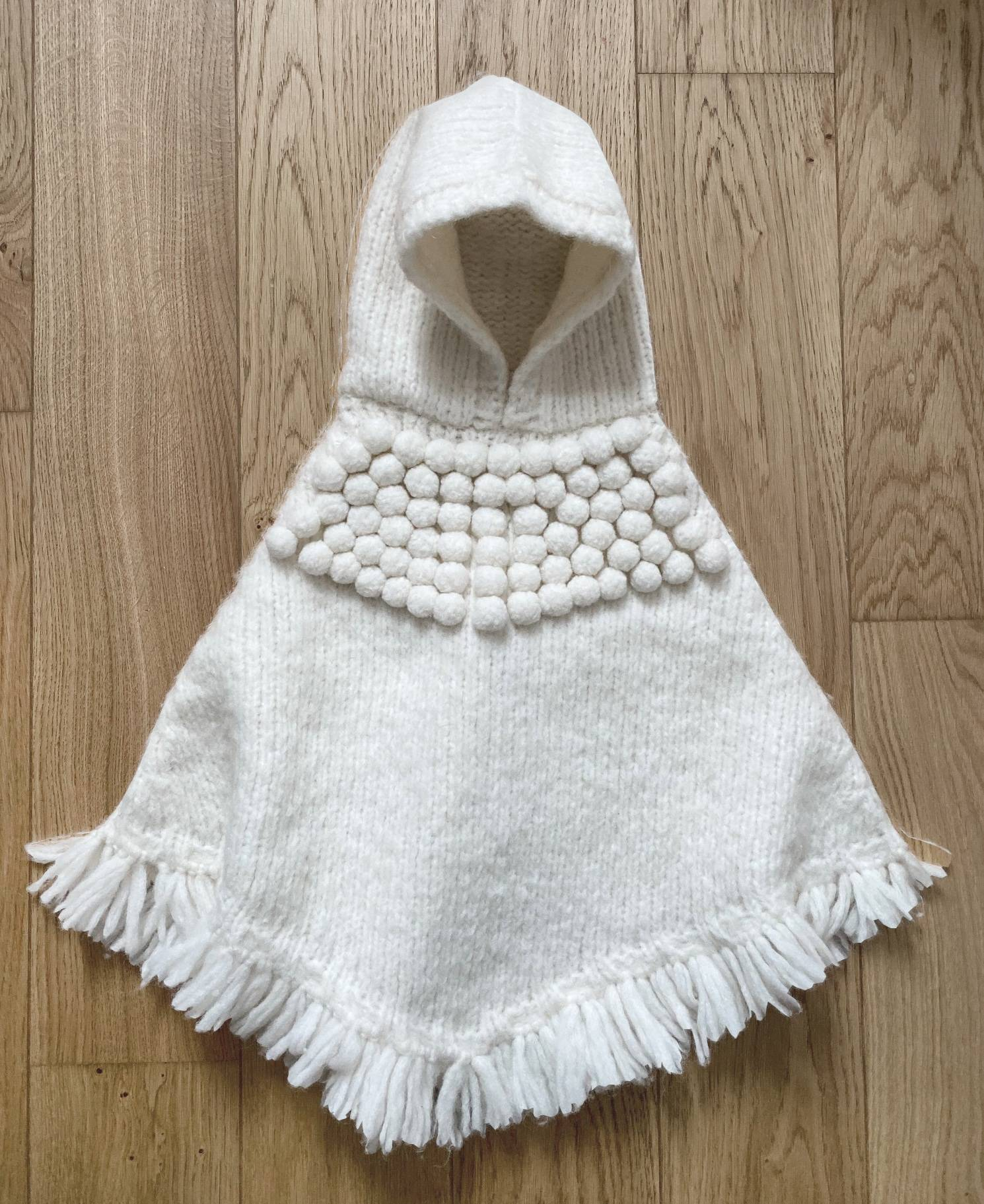 Poncho Andes girl 2