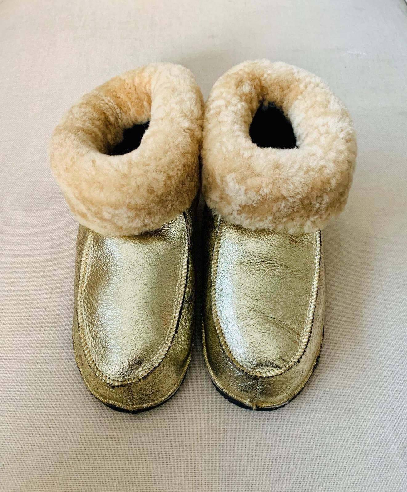chaussons doré